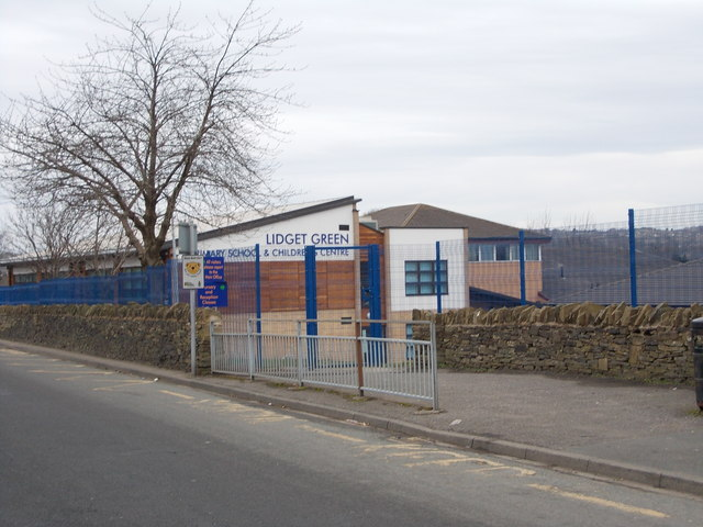 Lidget Green Primary School - Birks Fold