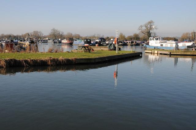 Canal marina, Saul