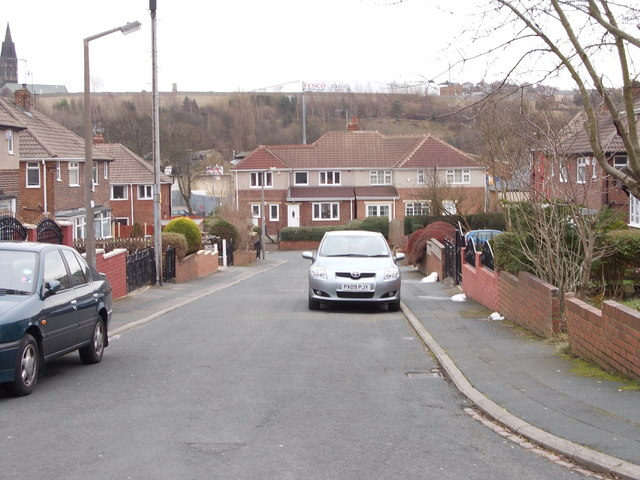St Wilfrid's Close - St Wilfrid's Crescent