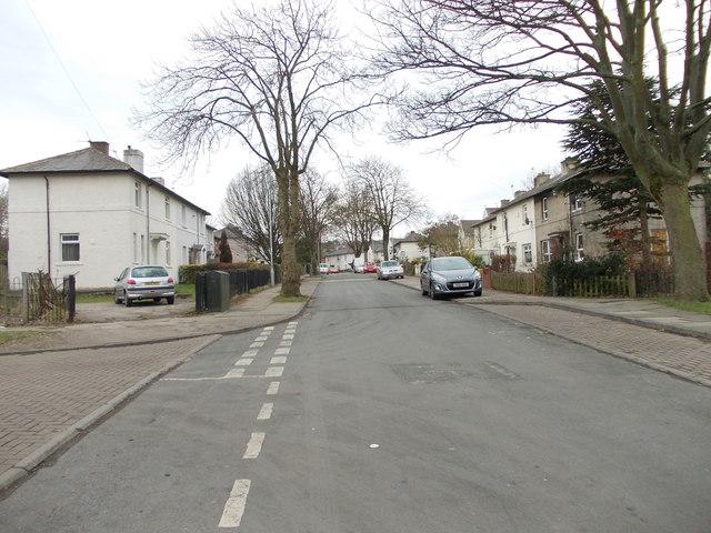 Scholemoor Avenue - viewed from Brooksbank Avenue