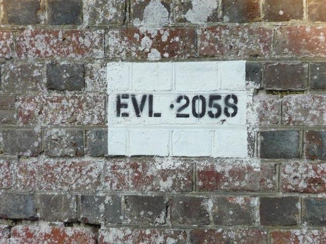 Plate on brickwork, Railway Hill, Derringstone