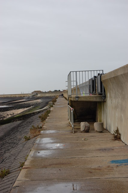Canvey Island Seawall