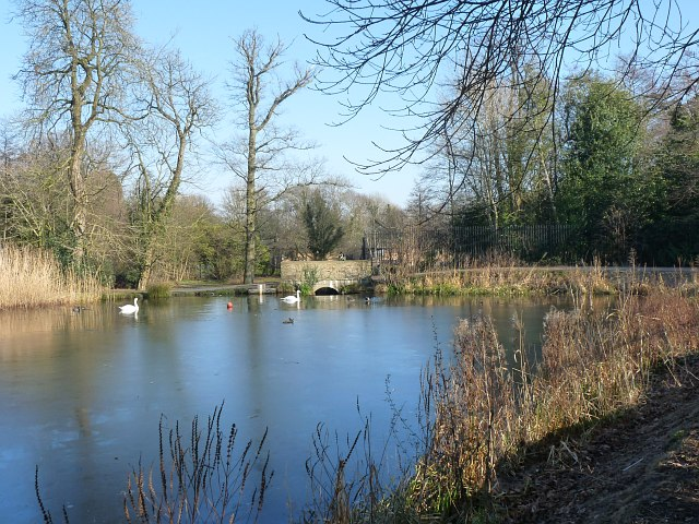 The Lake at Tredegar House Country Park