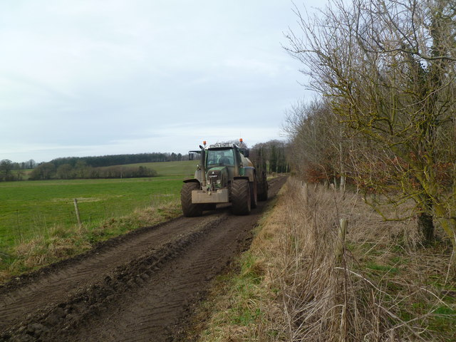 Moor Crichel, tractor