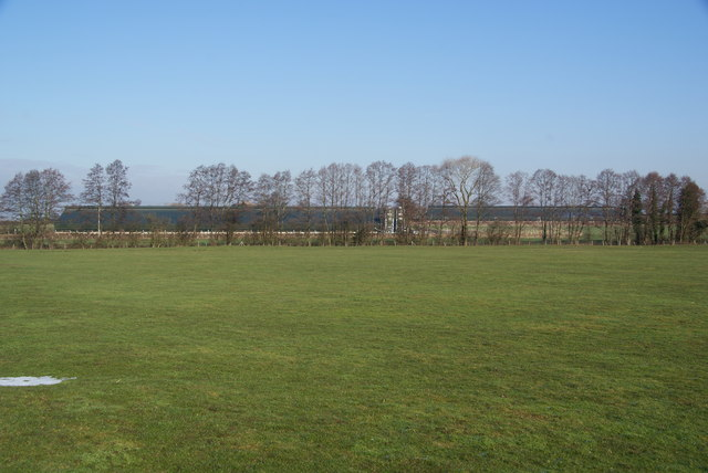 Field below Plashes Farm