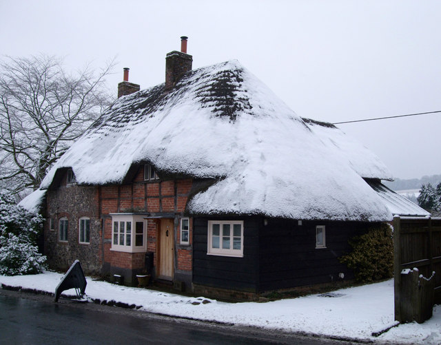 Thatched cottages, Mildenhall