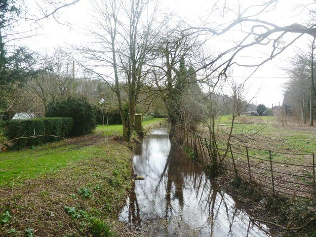 Moor Crichel, stream