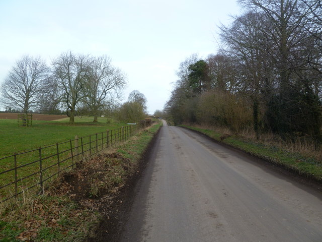 Moor Crichel, Longman's Road