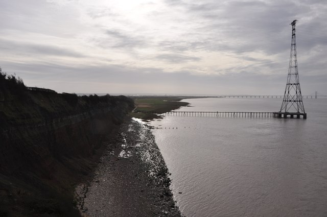 Severn Bridge : Aust Cliff & Pylon