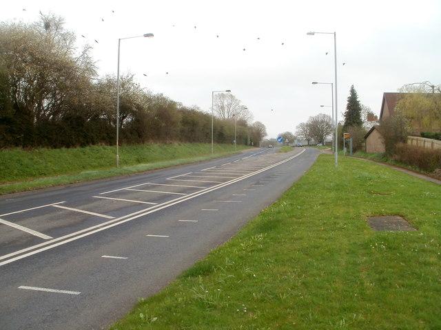 A48 heads east towards Crick