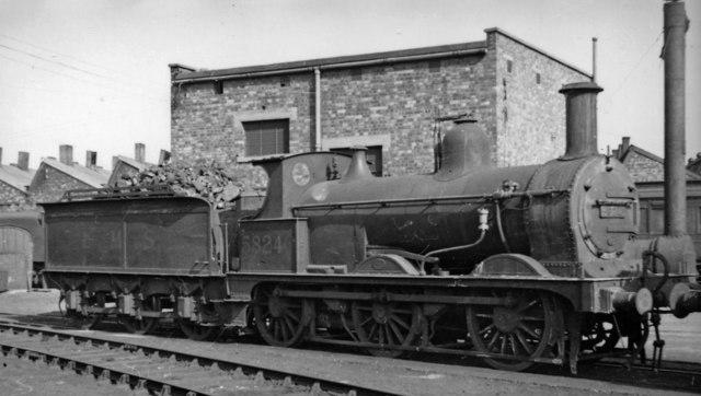 Ex-Midland Johnson 2F 0-6-0 at Nuneaton Locomotive Depot