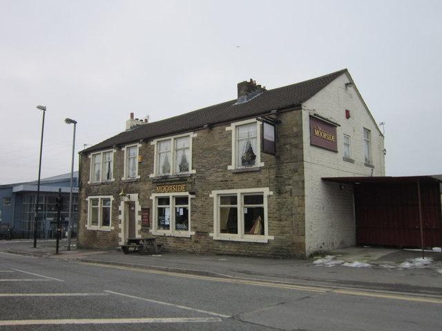 The Moorside public house. Sholver