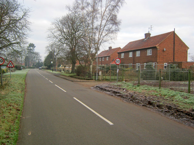 Entering Carlton-on-Trent