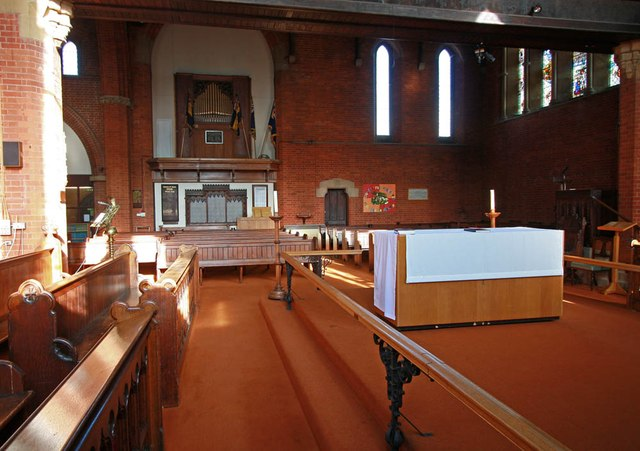 St Mark, St Mark's Road, Mitcham - Interior