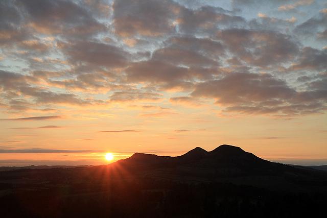 An Eildon Hills sunset