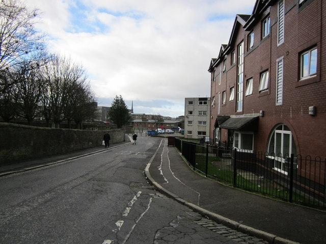 Near Viewfield Road