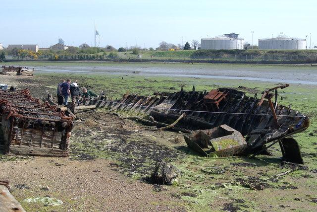 Recording the motor fishing vessel