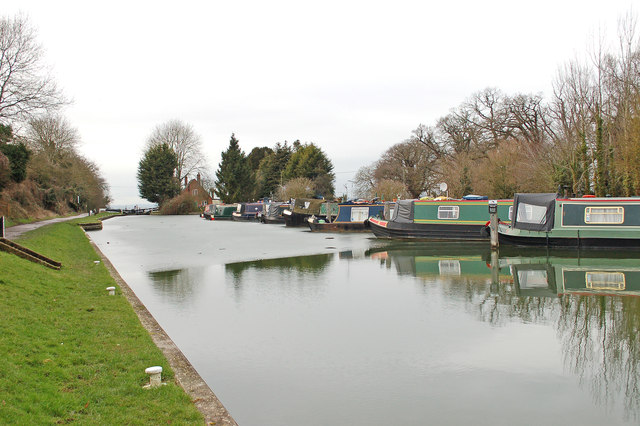 Kennet and Avon Canal at Cave Lock (Lock 45)
