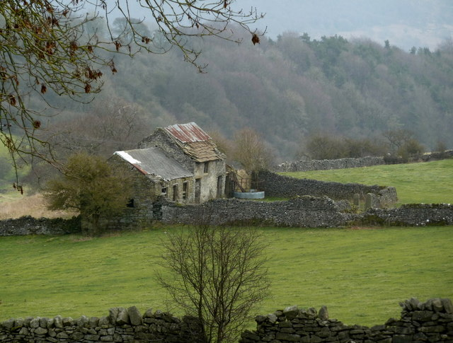 Farm ruins near Eyam