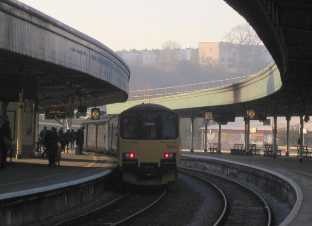 Train at Bristol Temple Meads