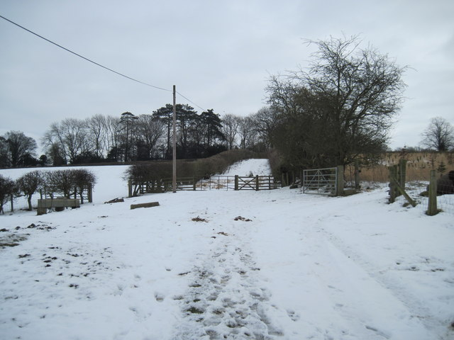 Bridleway  to  the  A64