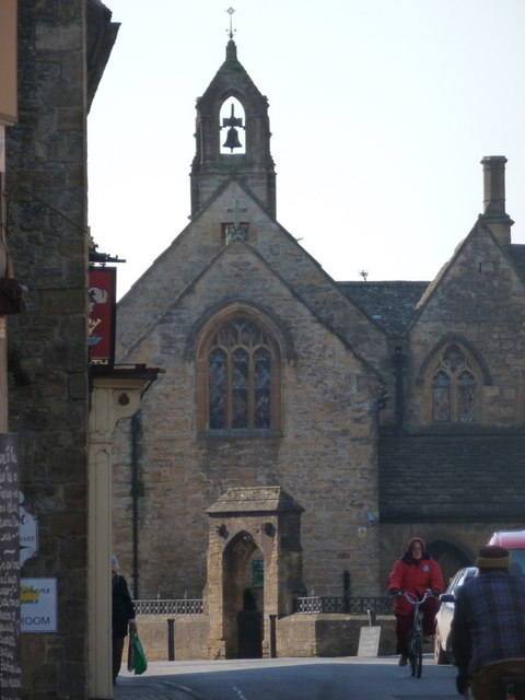 Sherborne: St. Johns� Almshouses from along Half Moon Street