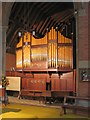 TQ3298 : St Luke, Browning Road, Enfield - Organ by John Salmon