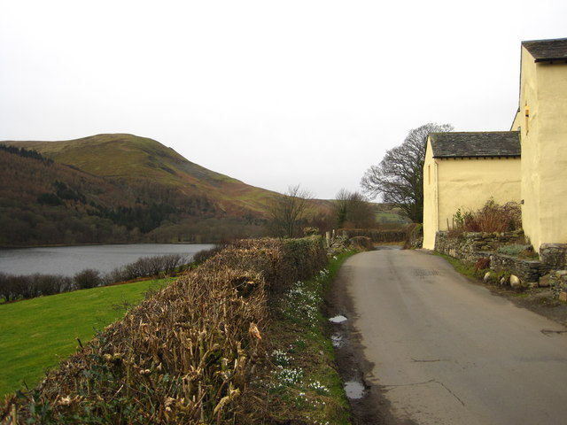 Road alongside Loweswater