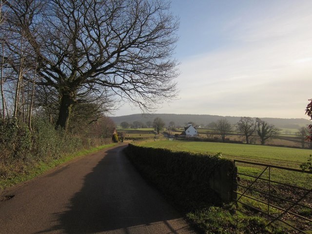 Lane approaching Priory Wall Cross