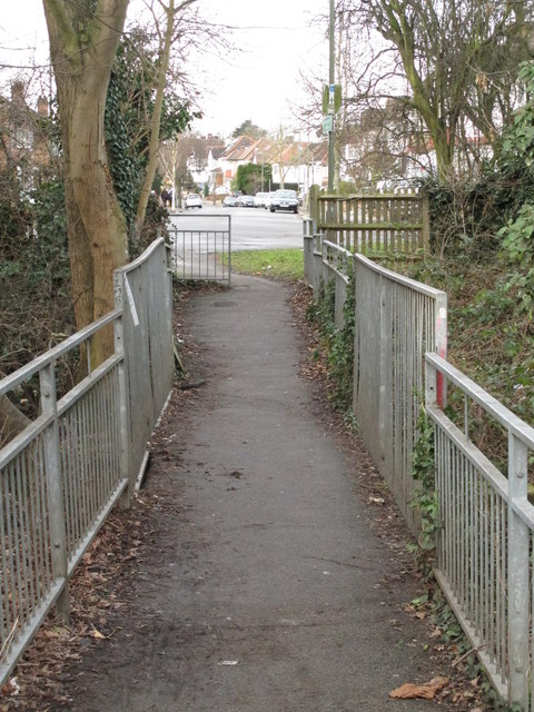 Footbridge over Dean's Brook