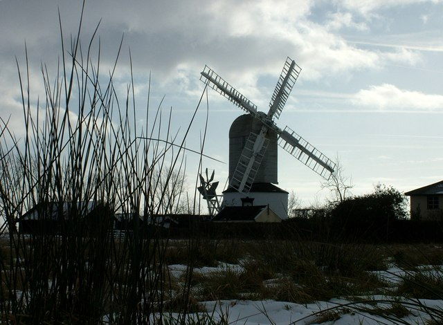 Saxstead mill from low on the green