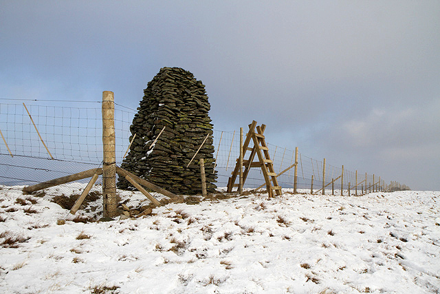 The Jubilee Cairn on Ward Law