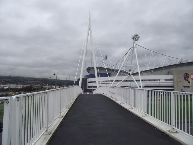 Footbridge over Burnden Way