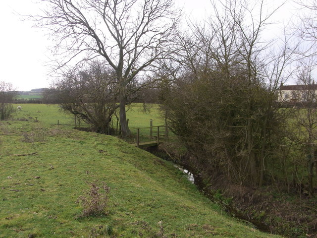 Bridge over the ditch, near Admington