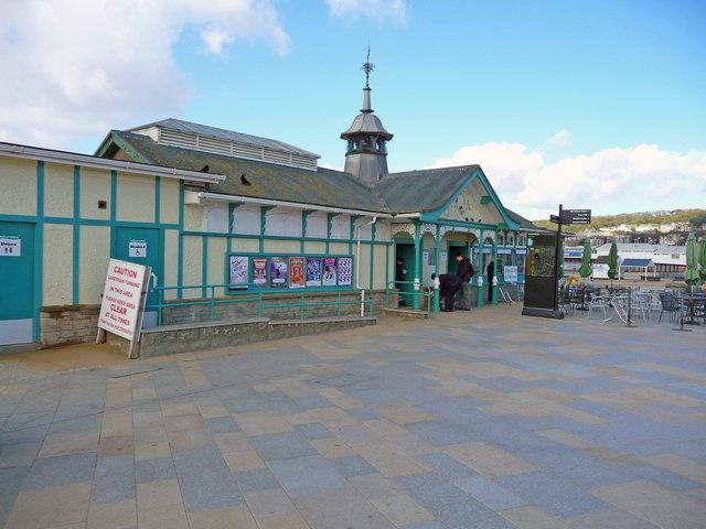 Victorian Cafe Near Berkley Mi