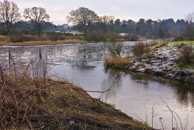Confluence of the Culter Burn with the River Dee