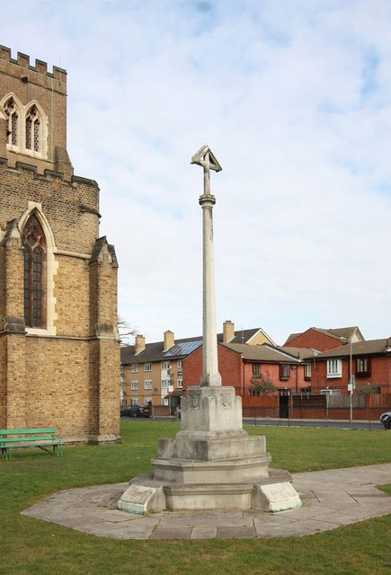 All Saints, Brudenell Road, Tooting - War Memorial Cross