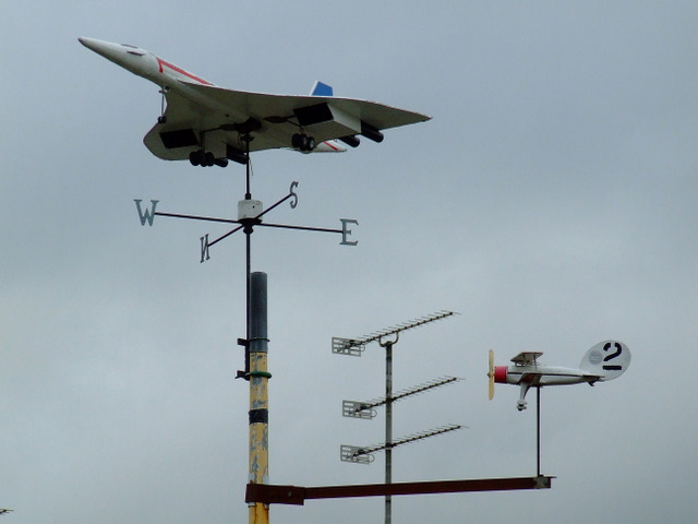 Aircraft weathervanes