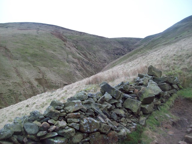 Unnamed Clough to the North of Brown Knoll