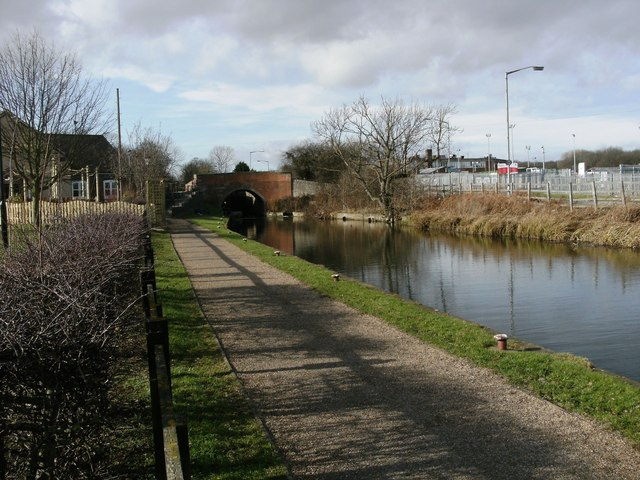 Chesterfield Canal at Worksop