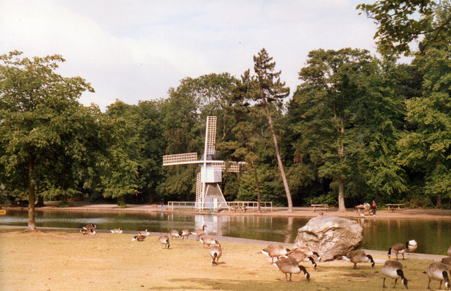 Windmill at Cannon Hill Park 1989