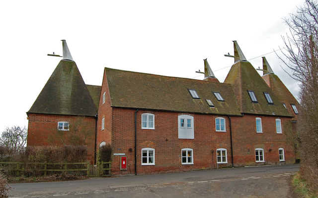 Hoppers Oast, Hatch Lane