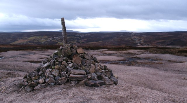 Cairn on Forefield Rake