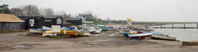 The Riverside Tearoom and dinghies, Orford