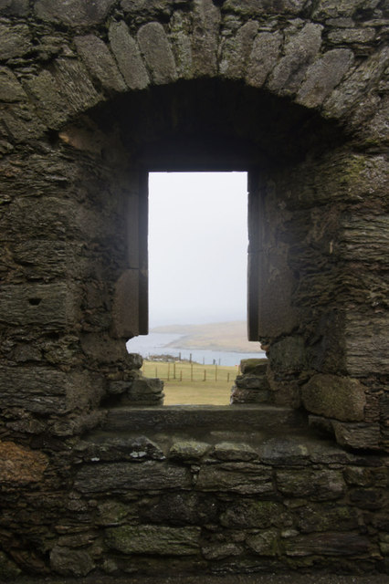 North-facing window in the Great Hall in Muness Castle