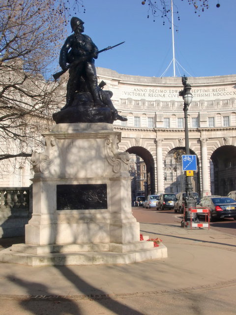 Statue and Admiralty Arch, London SW1