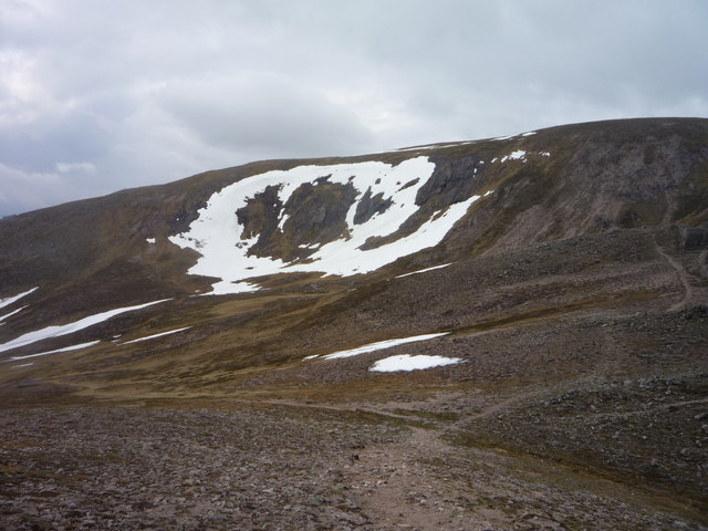East side of Cnap a' Chleirich