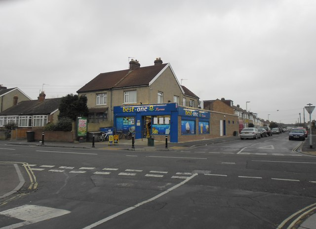 Convenience store at the junction of Worthing Avenue and Elson Road