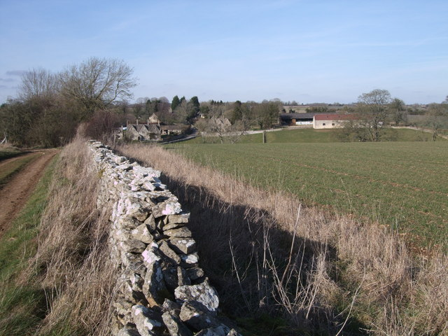 Farm track near Calmsden