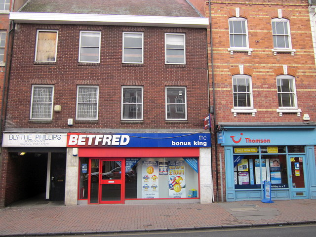 Bromsgrove High Street  Blythe Phillips, Betfred & Thomsons